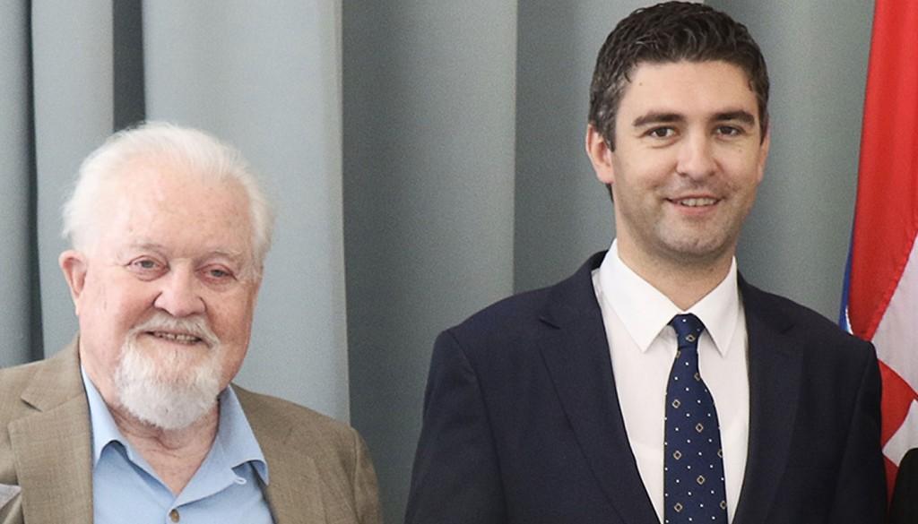 Brian Davies Salutes Mayor of Dubrovnik, Mato Frankovic 4